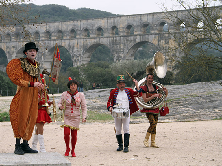 Garrigue en fête-Pont du Gard - France