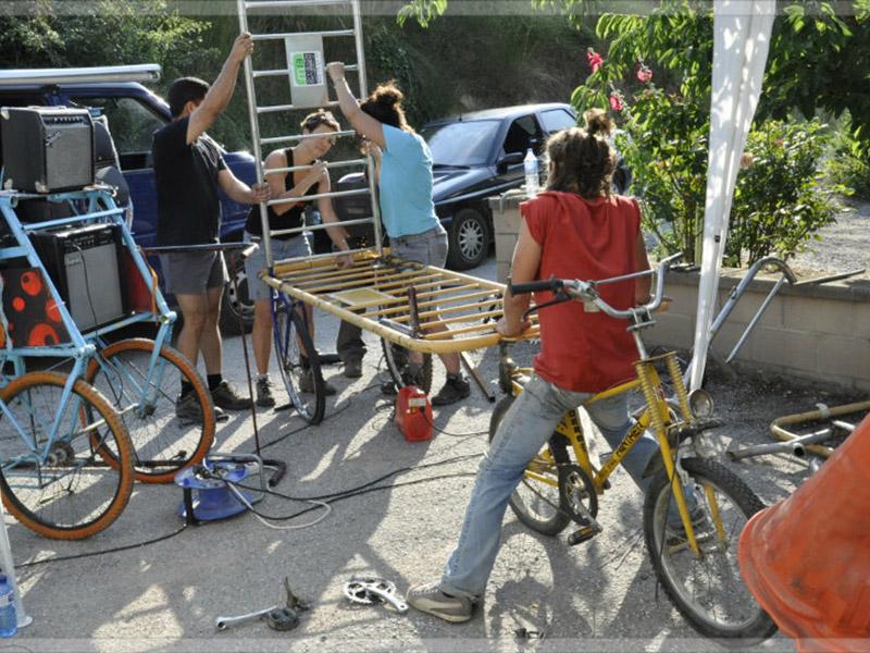 OPEN-ROULOTTE- Eco-workshops amb joves de Catalunya - Itàlia i Eslovenia a cal Katakrak